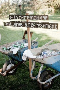 Wheelbarrow drinks station is a must for a rustic country wedding especially if you re planning a summer wedding where it can get a bit hot Quirky Wedding, Diy Wedding, Rustic Wedding, Dream Wedding, Wedding Backyard, Trendy Wedding, Budget Wedding, Wedding Hacks, Wedding Table