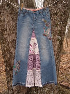 Embroidered jean skirt with purple white tier inset, altered couture, size OOAK Decorated jean skirt Diy Clothing, Sewing Clothes, Diy Fashion, Ideias Fashion, Denim Ideas, Denim Crafts, Recycle Jeans, Altered Couture, Jeans Rock
