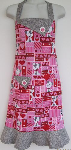 Hey, I found this really awesome Etsy listing at https://www.etsy.com/listing/219597745/reversible-valentine-apron-in-pink-and