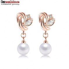 Delicate Fashion Pearl Earrings