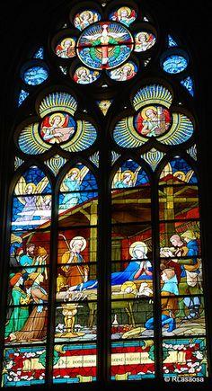 Biarritz - vidriera de la Iglesia de Sainte Eugenie #France