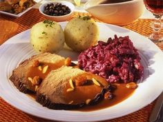 Sauerbraten, Knoedel and Red cabbage... yummm : )