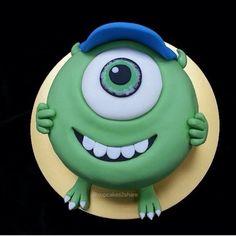TUS PERSONAJES FAVORITOS AL MEJOR ESTILO DE CUPCAKES2SHARE #cupcakes #fiesta #torta #bautizo #comunion #piñata #kinder #colegio #celebracion #cine #minions #disney #universidad #hijo #mama #hija #niño #club #parque #decoracion #like #love #amazing #lasall by ItalianVideo, via Flickr