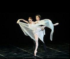 "Ulyana Lopatkina and Marat Shemiunov in ""In Melody"" /Dance Open Ballet Festival"