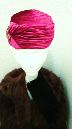 Vintage Joseph Magnin Crushed Velvet Red Hat by divelegant on Etsy