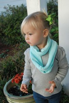 DIY Baby Infiniti Scarf. I think I really need to try this, how cute for the girls!!!