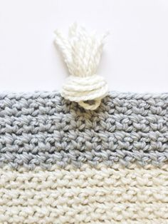 I finished this crochet dotted edge throw over the weekend and I'm excited to send it off this week… Crochet Afghans, Crochet Throw Pattern, Crochet Bedspread, Crotchet Patterns, Baby Blanket Crochet, Crochet Stitches, Crochet Blankets, Crochet Robin, Free Crochet