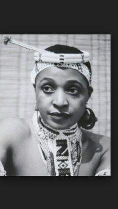 A Revolutionary/Legend/G.T/MamaWesizwe/Mother of the Nation Mama Nomzamo Winnie Madikizela-Mandela ✊🏾✊🏾✊🏾 Amandla ✊🏾 African Life, African History, African Women, African Wear, African Dress, Black Is Beautiful, Beautiful People, Winnie Mandela, African Royalty