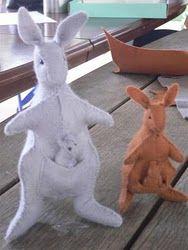 stuffed kangaroo & joey pattern and tutorial... from a cute Australian mum!