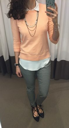 @LOFT peach sweater, black and white ankle pants and black lace up flats outfit || loftycloset.com