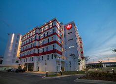 Tune Hotel, KLIA2's