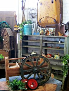 Antiquing at The Depot at Gibson Mill   homeiswheretheboatis.net #antiques #garden