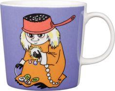 Moomin mugs and home decor items - Buy online from Finnish Design Shop. Large selection of authentic Moomin products! Moomin Shop, Moomin Mugs, Tove Jansson, Cool Mugs, Marimekko, Bedding Shop, Finland, Coffee Mugs, Barn