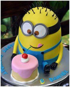 Minion Cake ♡ ♡