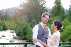 Wedding at Wild Basin Lodge in Estes Park Colorado - Photo by Silver Sparrow Photography  #ColoradoWedding #EstesParkWedding #ColoradoWeddingPhotographer