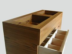 Wooden sink unit for bathroom