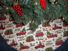 Home For The Holidays Fabric Handmade Quilted Tree Skirt 41 1 2 Wide