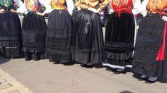 O Cancioneiro do Alto Minho (Luxemburg) -- Skirts and aprons of the Traje de Mordoma or Traje de Noiva