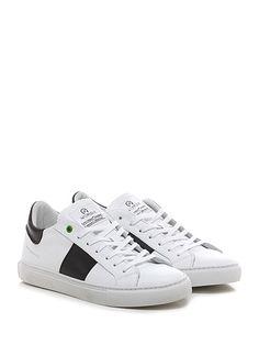 WOMSH - Sneakers - Uomo - Sneaker in pelle con suola in gomma. Tacco 25. - BIANCO\NERO - € 155.00