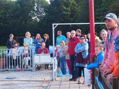 Veel kijkers bij het Zwemmen in Grijpskerk. Gr. Holland