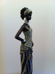 Figurative ceramics and one day on pinterest - Figuras africanas de madera ...