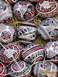 "Ukrainian Pysanky. Trypillian (Cucuteni) motifs and colors / Ukrainian traditional colored Easter eggs ""Pisanky"" / Ukrainian culture, Ukrainian traditions, Ukrainian style, Ukrainian roots / Украинские писанки"