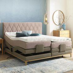Boxspringbett aus sandfarbenen und rosa Textilstoff mit Gestell aus Holz Bed, Furniture, Home Decor, Mattress, Bed Room, Colors, In Love, Wood, Homemade Home Decor