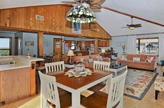 KINNAKEET COTTAGE | 5 bedrooms, 3 baths one lot back from the ocean in Avon