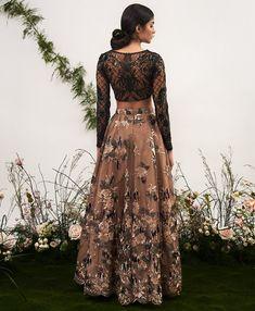 Women fashion Dresses Plus Size - Women fashion Winter Vintage - - Women fashion Videos 2018 2019 - - Indian Wedding Outfits, Pakistani Outfits, Indian Outfits, Indian Engagement Outfit, Pakistani Gowns, Indian Party Wear, Indian Wear, Desi Clothes, Indian Clothes