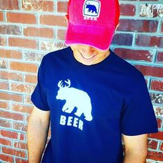 Hey cheers to the weekend🍻🐻 Search: [Beer Bear] for various colors in both the hat & tee!