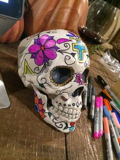 Ductape and Pearls DIY Day of the Dead skull wreath. Dia de los muertos. Halloween.
