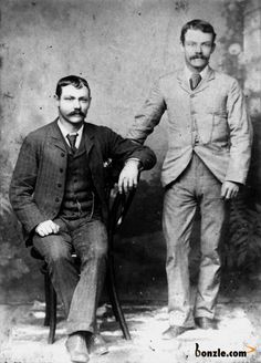 Victorian Mens Clothing, Victorian Era, Victorian Fashion, 1920 Clothing, Vintage Fashion, Male Clothes, Sunday Clothes, Reine Victoria, 1890s Fashion