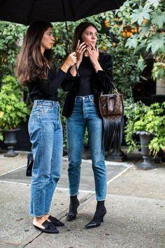 Bffs friend denim model street style fashion jeans summer spring black handbag h… – Summer Outfits – Summer Fashion Tips Outfit Jeans, Denim Outfits, Mode Outfits, Winter Outfits, Casual Outfits, Fashion Outfits, Fashion Ideas, Fashion Trends, Cropped Jeans Outfit