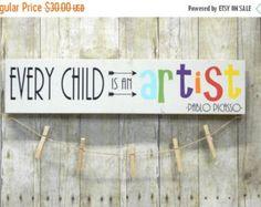 Every Child Is An Artist Children's Art Display by primsnposies