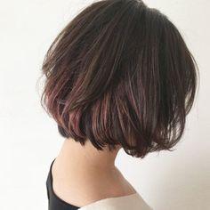 Creative Colour, Bob Hairstyles, Short Hair Styles, Hair Cuts, Hair Color, Hair Beauty, Feminine, Bobs, Glow