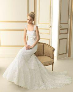 143 TERRANOVA / Wedding Dresses / 2013 Collection / Luna Novias (Shown with Straps)