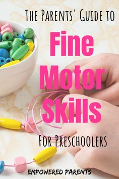 Build your child's fine motor skills with these fine motor activities for preschoolers. Learn all about the importance of small muscle development. #learning #kidsactivities #finemotor