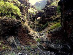 "Robert on Twitter: ""Galeria Natero - Barranco Natero - Tenerife #lovecanarias #tenerife #natero #hike https://t.co/QieCUskMIr"""