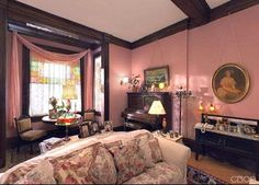 Charmed Halliwell Manor parlor 3