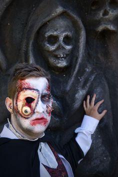 Bienvenidos al mundo de los muertos vivientes en Sendaviva en Halloween.