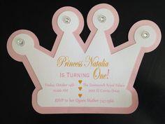 Invitación recortable de corona de princesa por BellaColoriBoutique
