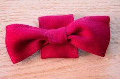 DIY// Des petits noeuds pour les dos de vos soutien-gorges     Bleu Electrique