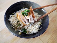 5 Spice Chicken Shirataki Tofu Noodle Bowl