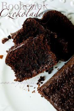 Ciasto czekoladowe (chocolate loaf cake) Chocolate Loaf Cake, Chocolate Pastry, Chocolate Squares, I Love Chocolate, Polish Recipes, Polish Food, Clotted Cream, Nigella Lawson, Clean Eating Snacks