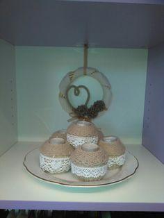 Porta candele decorati con lana e pizzi!