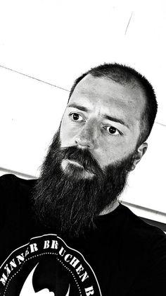 Passend zur Weihnachtszeit: nico.laus.12 meldet sich als #BeardofGermany http://www.kawando.de/bartblog/beard-of-germany/