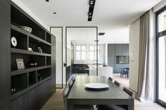 Exclusive table |  Architect: 'D' Architectural Concepts  #blackdesign #furniture #living #villa