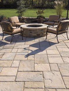 13+ Best Paver Patio Designs Ideas – 2019 - Patio Diy #gardendesign Stone Patio Designs, Design Patio, Paver Designs, Backyard Patio Designs, Backyard Landscaping, Backyard Ideas, Wall Design, Landscaping Ideas, Bench Designs