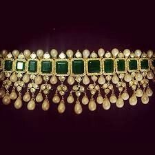 Indian emerald choker