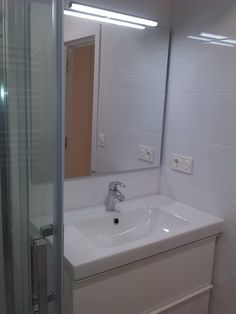 baño detalle,piso intxaurrondo,san sebastian Corner Bathtub, Bathroom, Apartments, Washroom, Corner Tub, Bathrooms, Bath